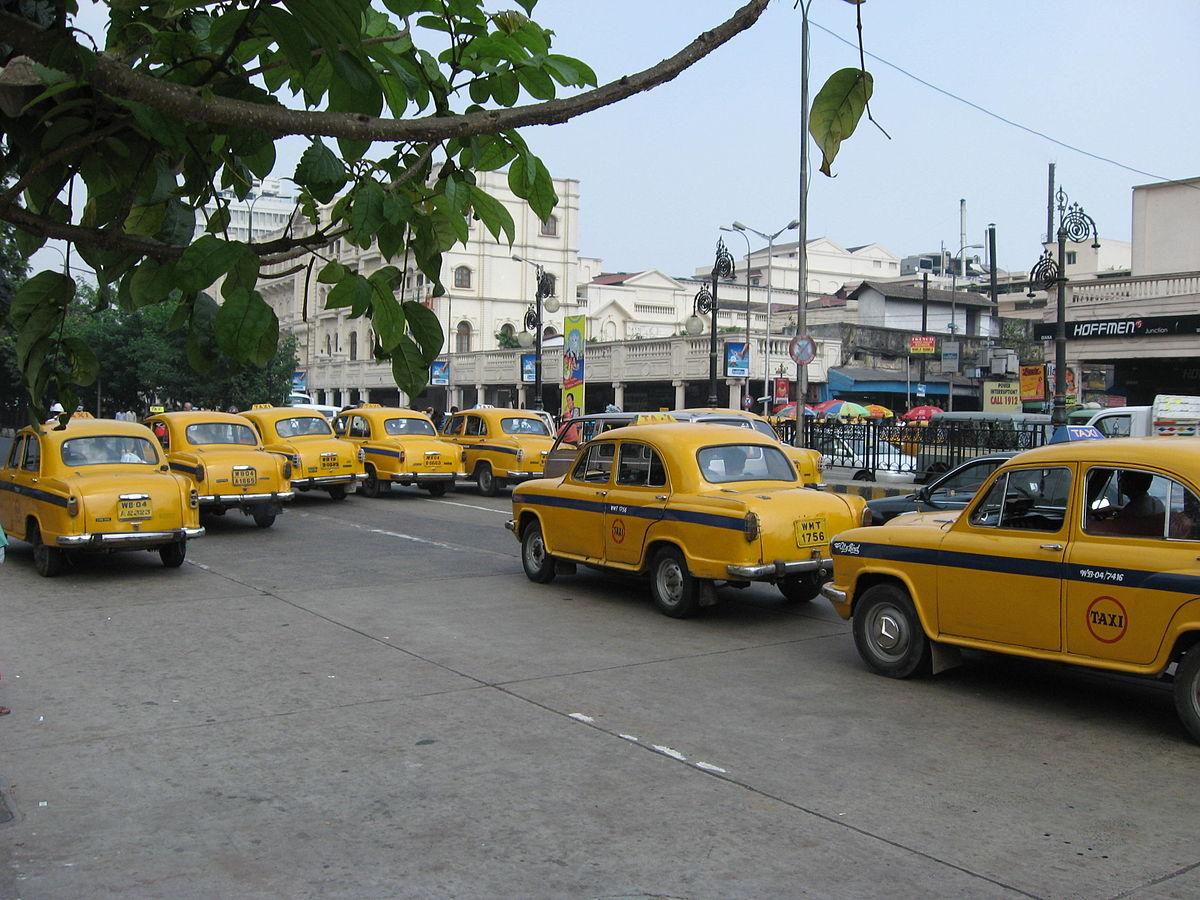 1200px-Kolkata_Taxi_by_Piyal_Kundu